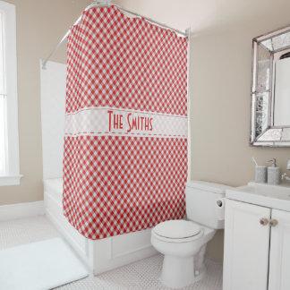 個人化して下さい:  赤いギンガムの点検の対角線パターン シャワーカーテン