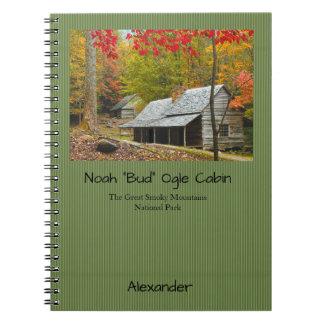 """個人化して下さい: Smokiesノア""""芽""""は小屋の写真をものほしげに見ます ノートブック"""