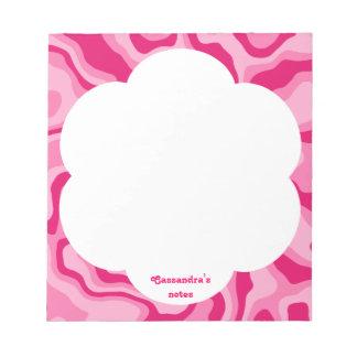 個人化なるべきかわいらしいピンクの抽象芸術パターン ノートパッド