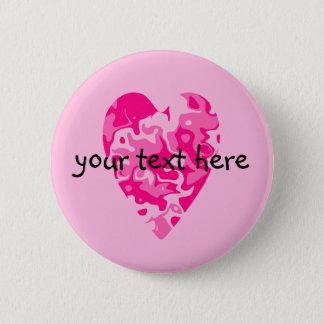 個人化なるべきガーリーなピンクのバレンタインデーのハート 5.7CM 丸型バッジ