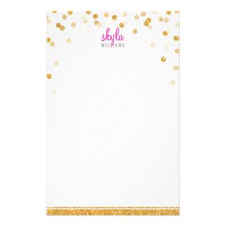 個人的なノートの水玉模様の紙吹雪のはっきりしたな金ゴールドのグリッター 便箋