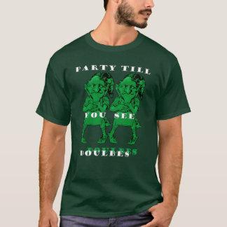 倍Tを見るまでパトリックの小妖精のパーティー Tシャツ