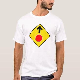 停止前方に1 Tシャツ