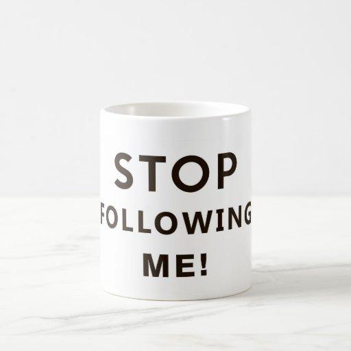 停止|続くこと|私|おもしろい|文字|ユーモア|メッセージ コーヒーマグ