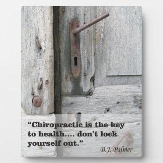 健康のイーゼルへのカイロプラクティックの鍵 フォトプラーク