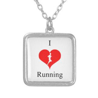 健康のフィットネスを走っている私はハートを愛します シルバープレートネックレス