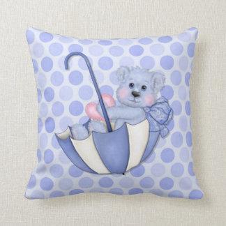 傘のテディの水玉模様の青い記念品の枕 クッション