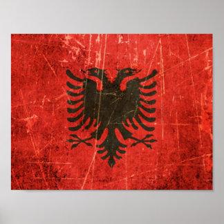 傷付けられ、擦り切れたなヴィンテージのアルバニア人の旗 ポスター