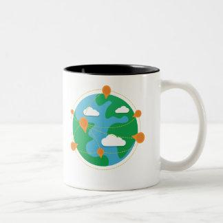 傷日の地球2色のマグ ツートーンマグカップ