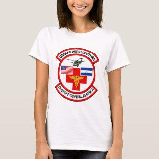 傷病者輸送機の取り外しUSAAAD Tシャツ