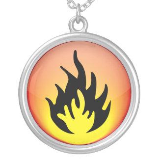 元素-火 シルバープレートネックレス