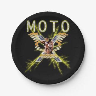 充電されるMoto X ペーパープレート