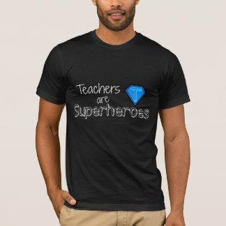 先生はスーパーヒーローです Tシャツ
