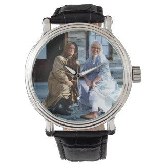 先駆的幾日の女性 腕時計