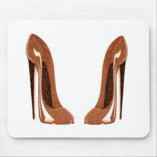 光沢があるオレンジ斑入りの小剣の靴 マウスパッド