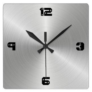 光沢がある円の磨かれた金属の質 スクエア壁時計