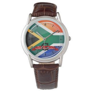 光沢のある円形の南アフリカの旗 腕時計