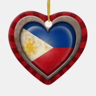 光線との老化させたフィリピンの旗のハート セラミックオーナメント