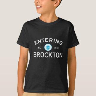 入るBrockton Tシャツ