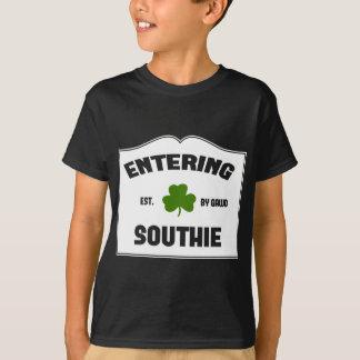 入るSouthie Tシャツ