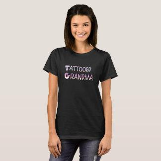 入れ墨された祖母のワイシャツ Tシャツ