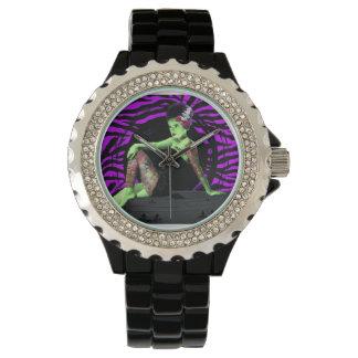 入れ墨された花嫁の腕時計 腕時計