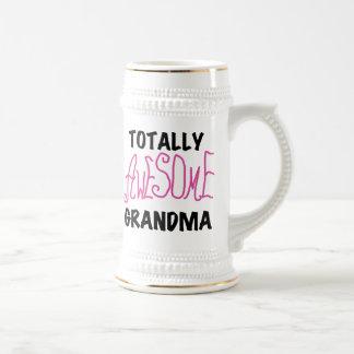 全く素晴らしい祖母-ピンクのTシャツおよびギフト ビールジョッキ