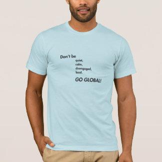全体的にTシャツは行きます(いろいろな色かスタイルで) Tシャツ