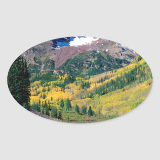 公園のあずき色の鐘White川の森林コロラド州 楕円形シール