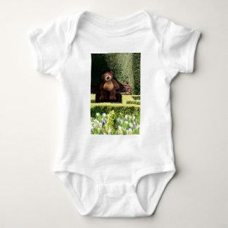 公園の乳児のTシャツのテディー・ベア ベビーボディスーツ