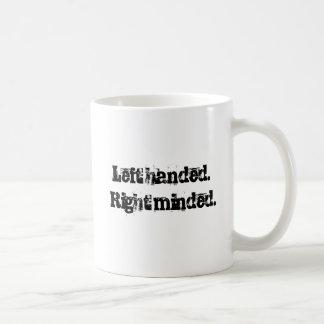 公正なメッセージが付いている左利きのマグ! コーヒーマグカップ