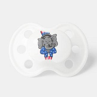 共和党象のマスコットは交差させた永続的なCを武装させます おしゃぶり