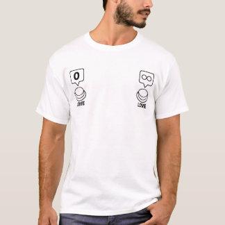 共有か社会的なボタン: 愛(ニップル) Tシャツ
