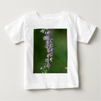 共通のヒース(vulgarisギョリェーモドキ) ベビーTシャツ