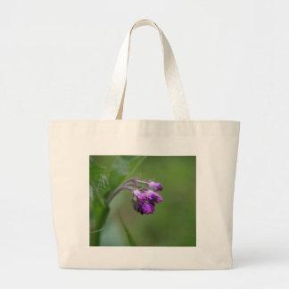共通コンフリーの花そして花 ラージトートバッグ
