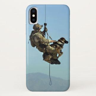 兵士および軍隊犬のIphone Xの場合 iPhone X ケース