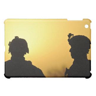 兵士 iPad MINIケース