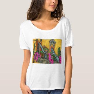 典型的でイタリアンなバルコニー Tシャツ