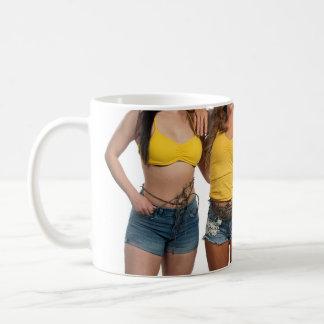 内部の女の子のマグ コーヒーマグカップ