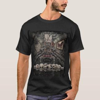内部対立の(昆虫)オオカバマダラ、モナークのティー Tシャツ