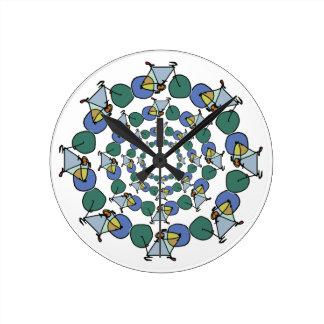 円の色の自転車のサイクリング ラウンド壁時計