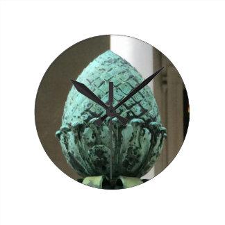 円形の青銅色のパイナップルクロック・トラックのホスピタリティ ラウンド壁時計
