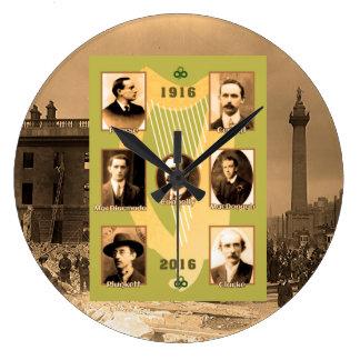 円形大き壁時計のためのアイルランドの英雄のイメージ ラージ壁時計
