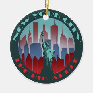 円形NYC大きいApple セラミックオーナメント