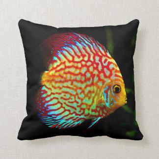 円盤投げのアクアリウムの魚の装飾的な投球のcusion クッション