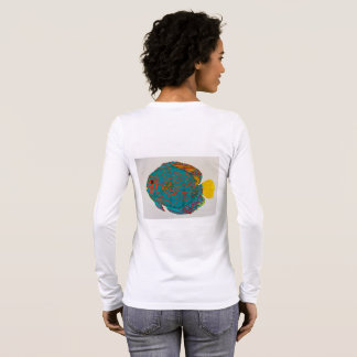 円盤投げの魚のTシャツ 長袖Tシャツ