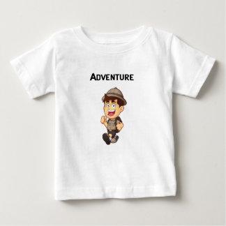 冒険の男の子 ベビーTシャツ