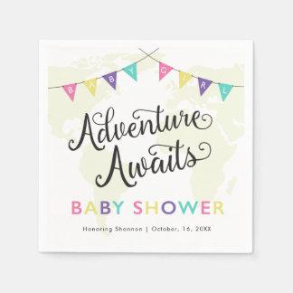 冒険は待ちます: 女の赤ちゃんのカクテルのナプキン スタンダードカクテルナプキン