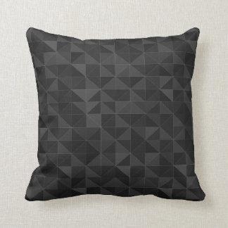 写実的で黒い三角形パターン装飾用クッション クッション