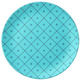 写実的なタイルのデザインの青 磁器プレート
